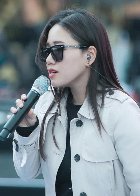 "Soi su nghiep cua Thuy Chi truoc on ao ""ke fame"" Son Tung M-TP-Hinh-12"