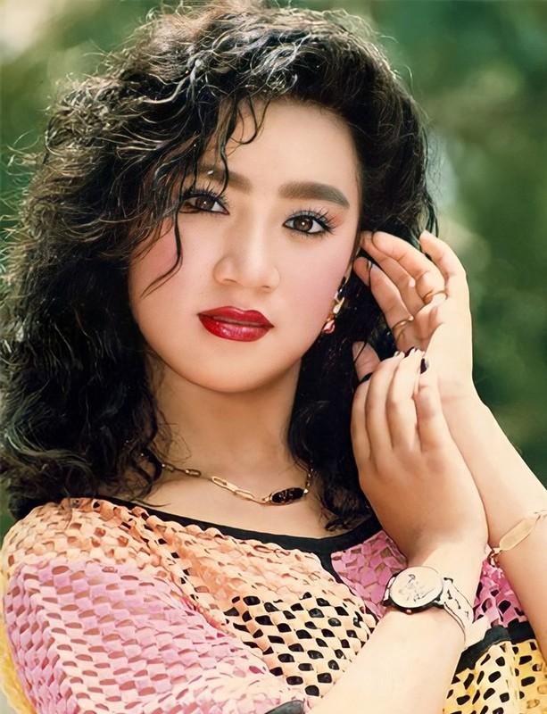 Ve dep cua Y Phung - minh tinh tung khien tai tu Ly Hung say dam-Hinh-4