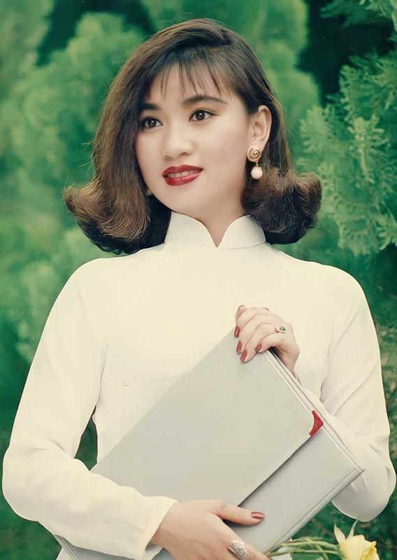 Ve dep cua Y Phung - minh tinh tung khien tai tu Ly Hung say dam-Hinh-5