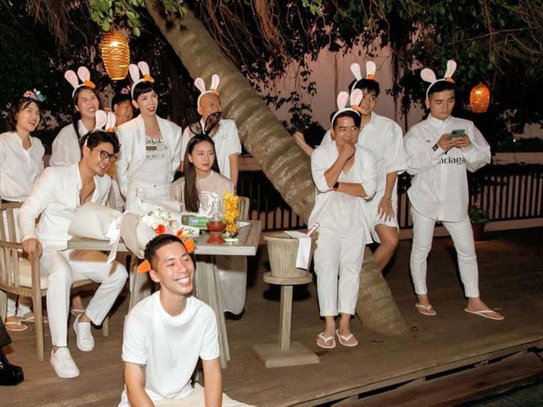 Ngo Thanh Van tinh tu om CEO Huy Tran, noi loi dac biet-Hinh-2