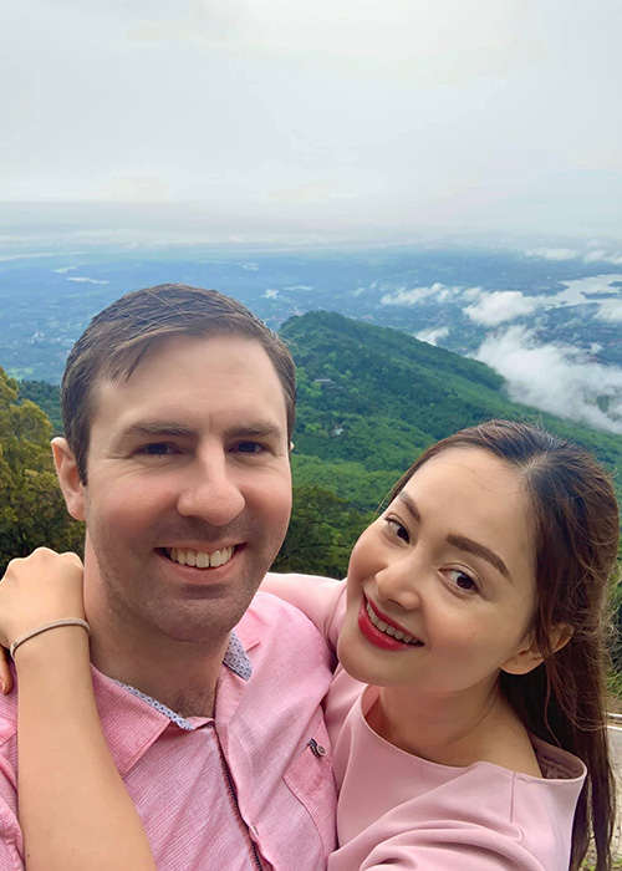 """Hon nhan cua sao nu phim """"Bo gia"""" lay chong Tay cao 2m-Hinh-3"""