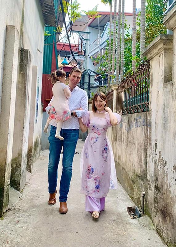 """Hon nhan cua sao nu phim """"Bo gia"""" lay chong Tay cao 2m-Hinh-8"""
