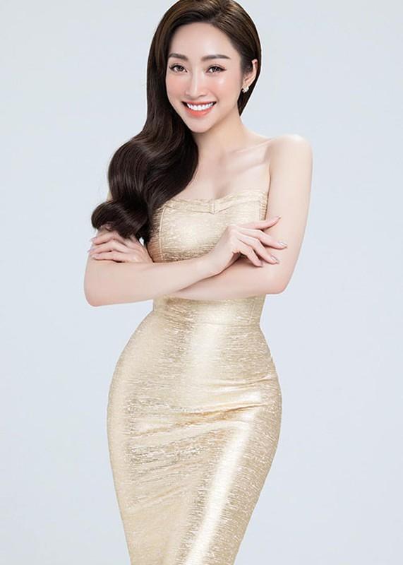 Vo kem 16 tuoi cua Chi Bao: Gioi kinh doanh, xinh dep nong bong-Hinh-3
