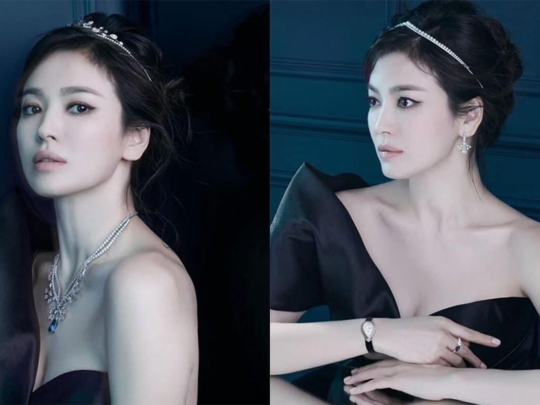Nhan sac gay me cua Song Hye Kyo dong cap trai tre kem 11 tuoi-Hinh-3