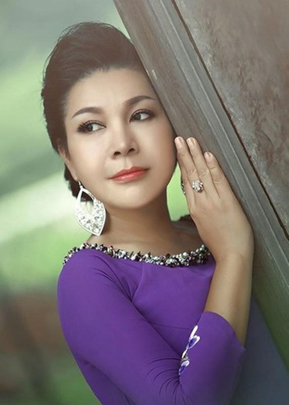 Dan my nhan Viet chuyen gioi: Nguoi ly hon, nguoi bi don chia tay-Hinh-9
