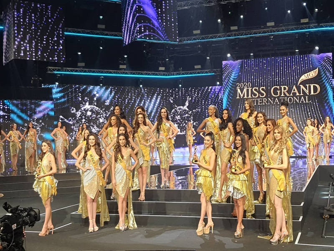 Ngoc Thao truot top 10, dai dien My dang quang Miss Grand International-Hinh-3