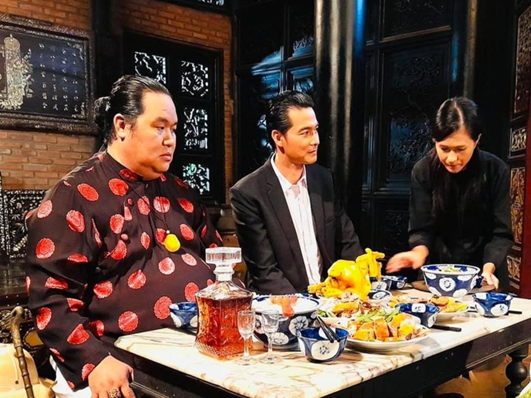 Phuong Chanel khoe eo 63, Quach Ngoc Ngoan miet mai dong phim-Hinh-6
