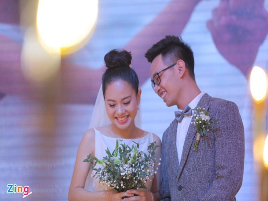 Soi hon nhan cua A quan Vietnam Idol 2012 Hoang Quyen truoc ly hon