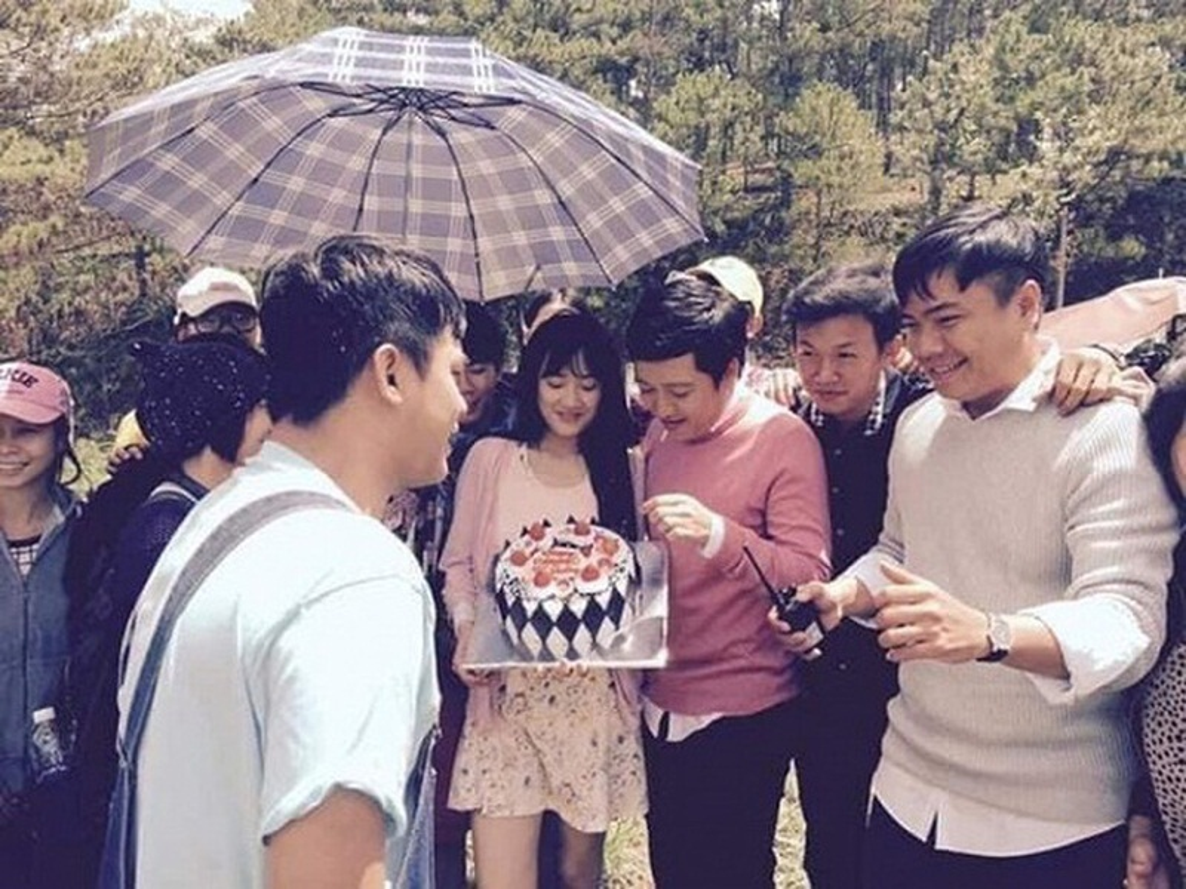 Dieu it biet ve dao dien to Nha Phuong mac benh ngoi sao-Hinh-2