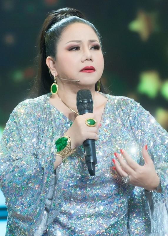 """Chan dung """"nu hoang nhac rock"""" Ngoc Anh mang ca xau vang di dien-Hinh-7"""