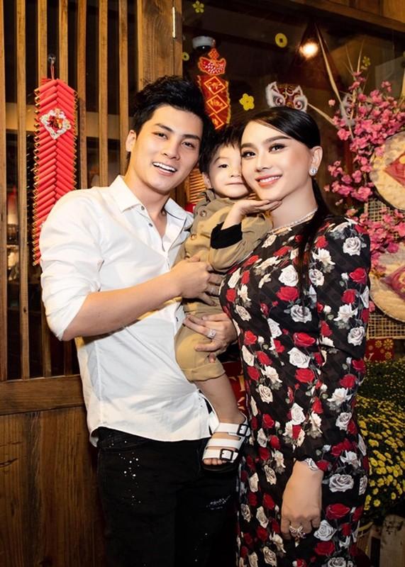 Tung ran nut, hon nhan cua Lam Khanh Chi va chong tre the nao?-Hinh-8