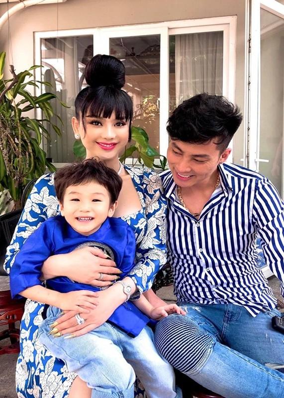 Tung ran nut, hon nhan cua Lam Khanh Chi va chong tre the nao?-Hinh-9