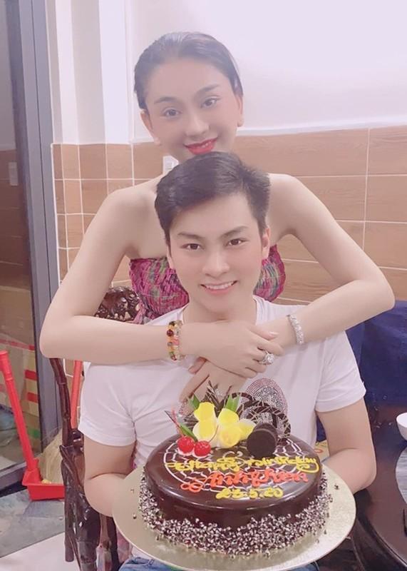 Tung ran nut, hon nhan cua Lam Khanh Chi va chong tre the nao?