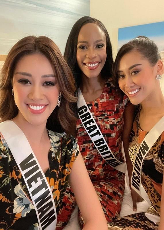 Hoa hau Khanh Van gap su co o Miss Universe 2020-Hinh-7
