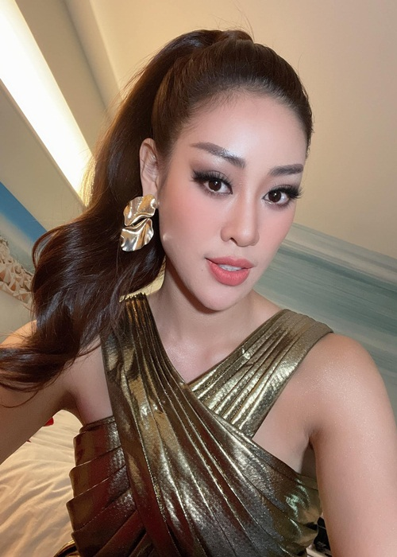 Khanh Van khoe ve ngot ngao goi cam o Miss Universe 2020-Hinh-8