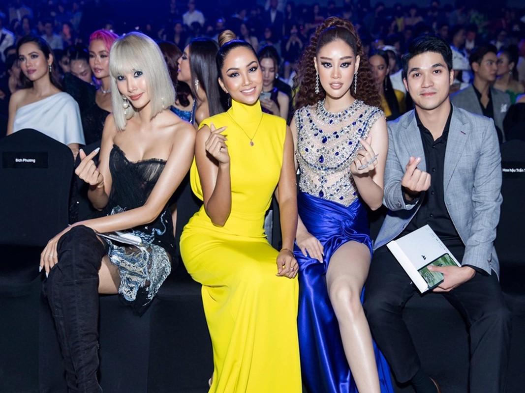 CEO dong hanh cung Khanh Van o Miss Universe 2020 la ai?-Hinh-6