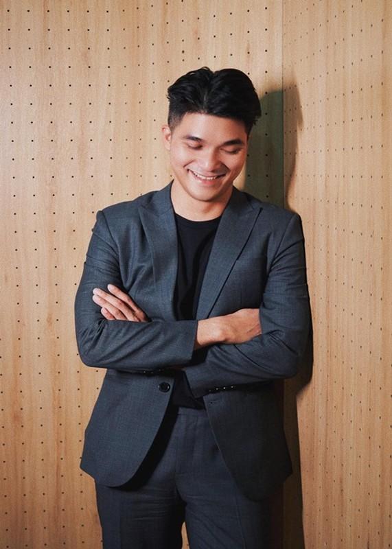 CEO dong hanh cung Khanh Van o Miss Universe 2020 la ai?-Hinh-7