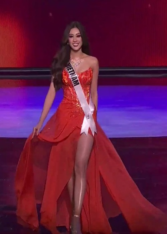 Khanh Van goi cam voi bikini o ban ket Miss Universe 2020-Hinh-6