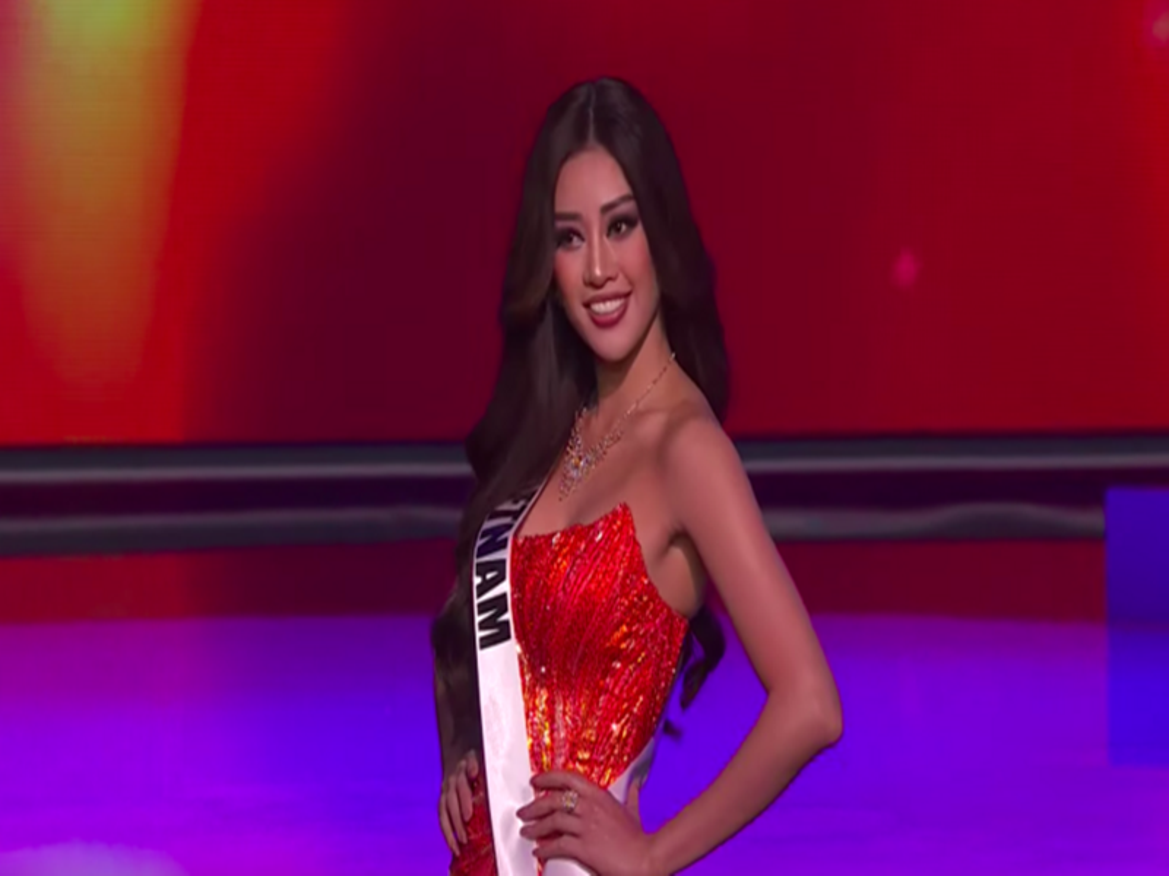 Khanh Van goi cam voi bikini o ban ket Miss Universe 2020-Hinh-9