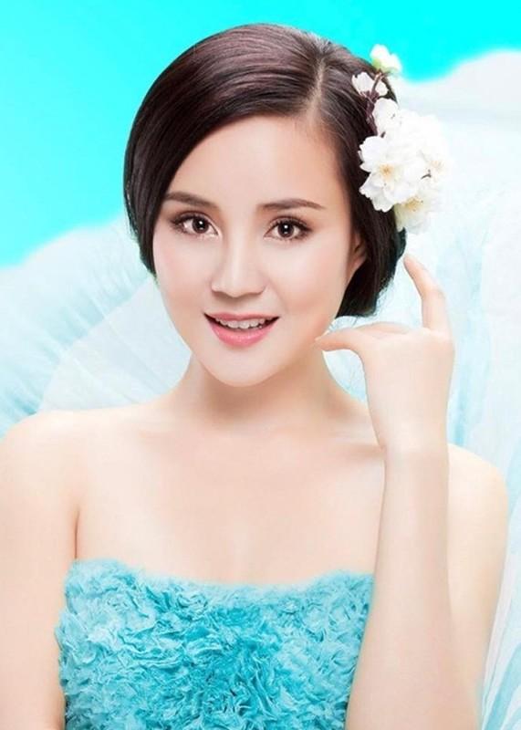 "Truoc vo ong Dung ""lo voi"", Vy Oanh tung khau chien nhung ai?-Hinh-2"