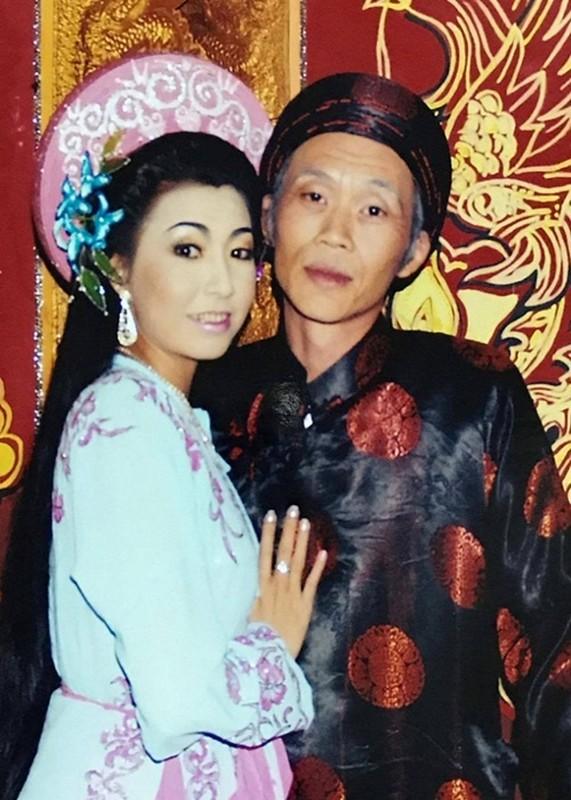 Loat sao Viet benh vuc Hoai Linh giua lum xum voi ba Phuong Hang-Hinh-4