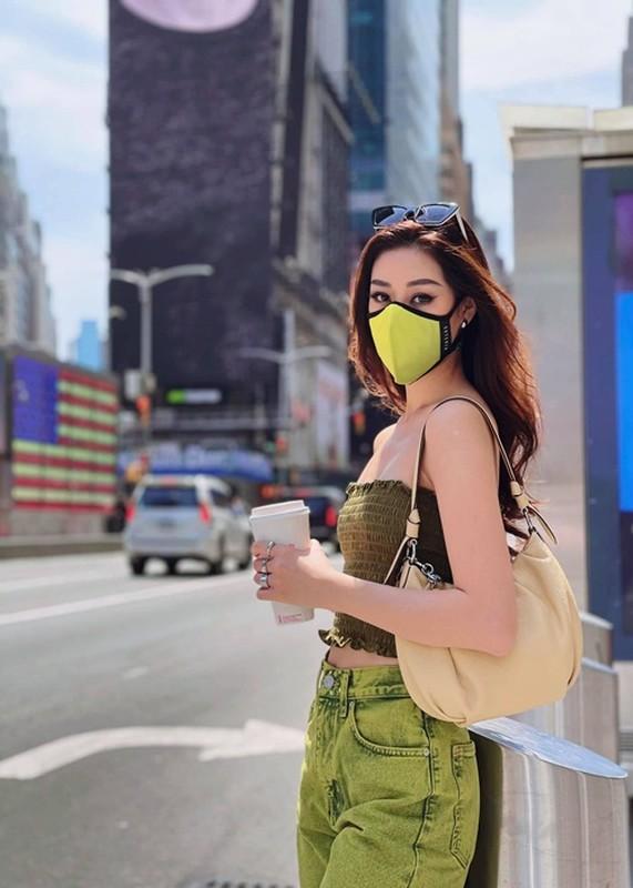 Khanh Van lo body gay go, hoi ngo ban than hau Miss Universe 2020-Hinh-9