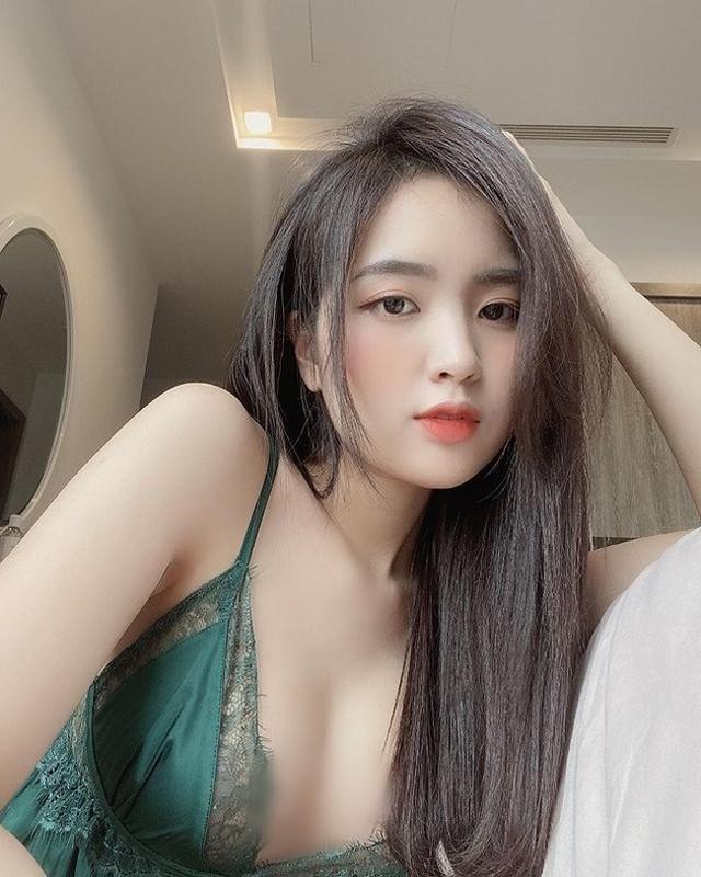 Ngoi nha xem tuyen Viet Nam, nu CDV van gay chu y vi qua xinh-Hinh-9