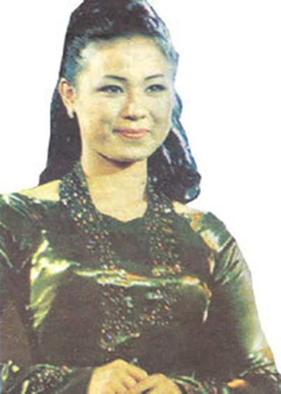 Dan my nhan thanh danh tu phim cua dao dien Le Cung Bac-Hinh-6