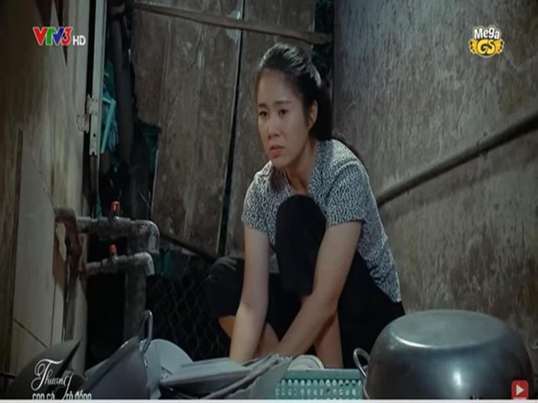 """Hau truong Le Phuong bi danh ghen trong """"Thuong con ca ro dong"""""""