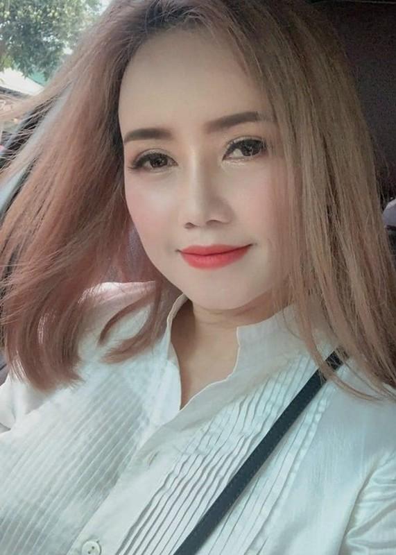 Hoang Yen khoe nhan sac xinh dep sau on ao bi chong cu danh