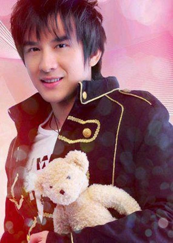 Soi tinh duyen nhieu thi phi cua ca si Dan Truong-Hinh-3