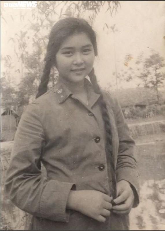 "Soi su nghiep cua ""Ni co Huyen Trang"" duoc xet tang danh hieu NSND-Hinh-2"