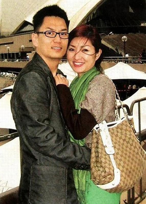 Nguyen Hong Nhung nhac lai scandal anh nong, soi cuoc song xa xu-Hinh-7