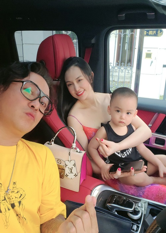 "Hon nhan cua Tuan Hung bi antifan vi la ""chan vuong""-Hinh-7"