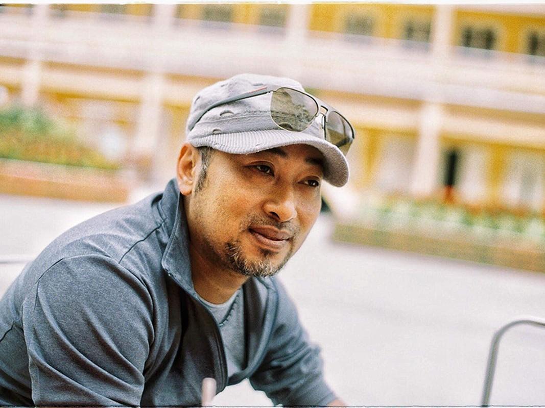 Soi tinh duyen bi an cua dao dien Nguyen Quang Dung