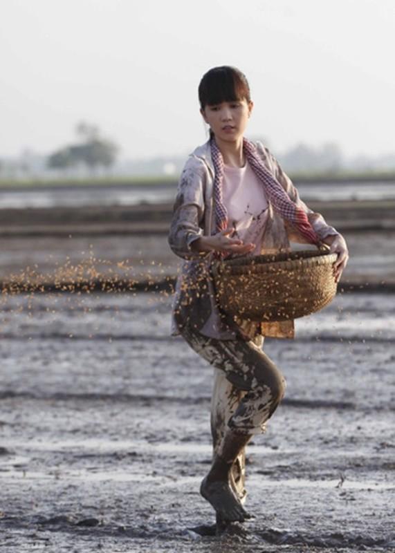 Ngoc Trinh: Tu nhan vien bida den chan dai day kinh doanh online-Hinh-5