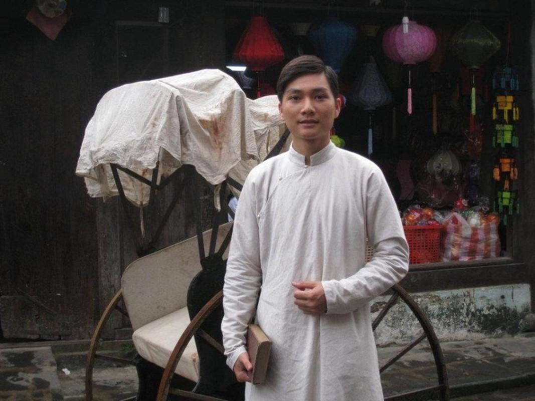 Chan dung dien vien Minh Duc cung vo va 2 con mac COVID-19-Hinh-5