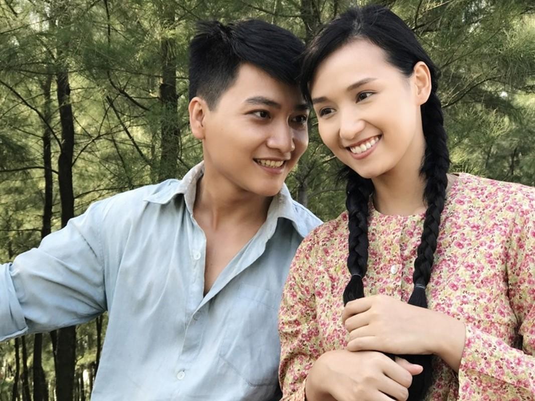 Chan dung dien vien Minh Duc cung vo va 2 con mac COVID-19-Hinh-6