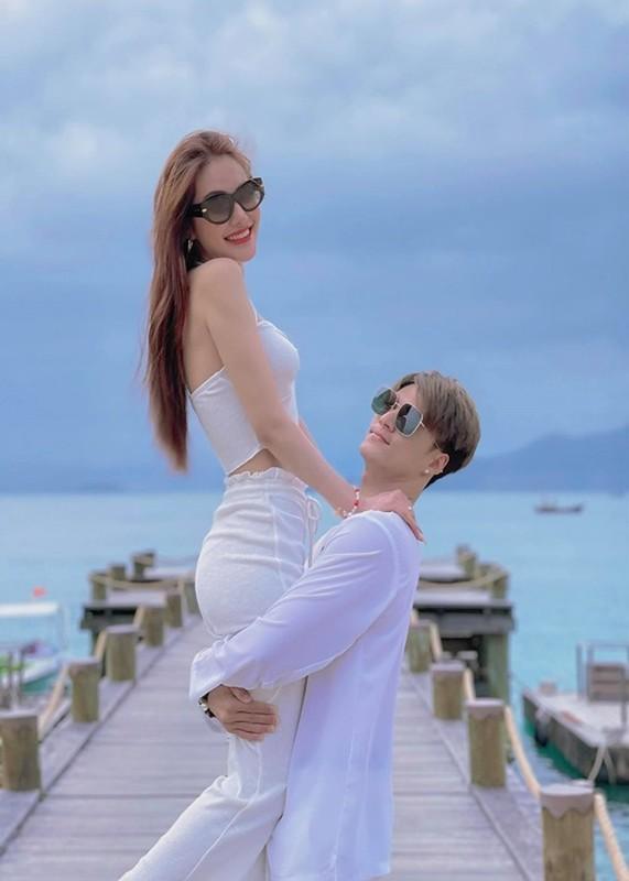 Lam Vinh Hai - Linh Chi ngay cang ngot ngao sau song gio-Hinh-3