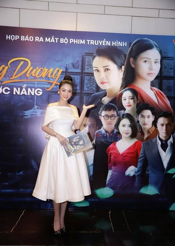 "Tai sac dan dien vien ""Huong duong nguoc nang"" lot de cu VTV Awards-Hinh-8"