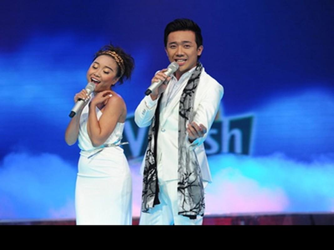 """Tung xin Quyen Linh """"bi kip"""", Tran Thanh vuon len MC so 1 the nao?-Hinh-4"""