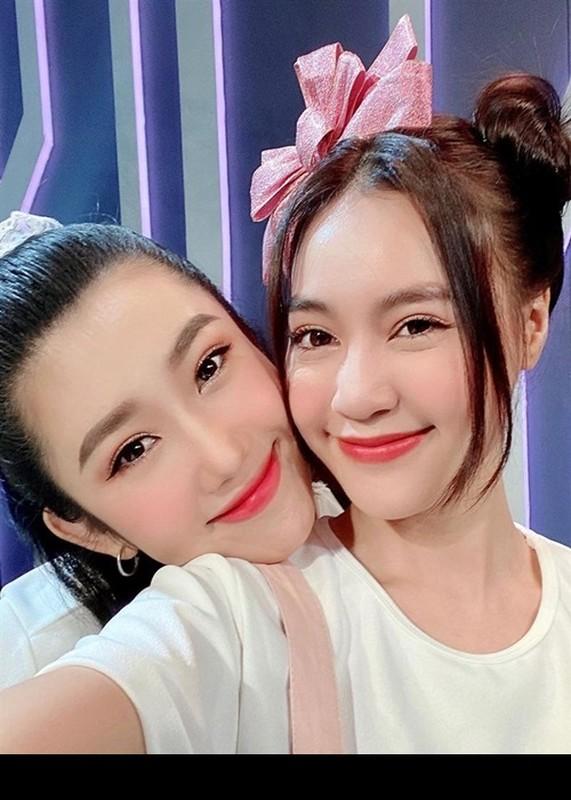 Do ve goi cam cua Ninh Duong Lan Ngoc - Thuy Ngan-Hinh-9