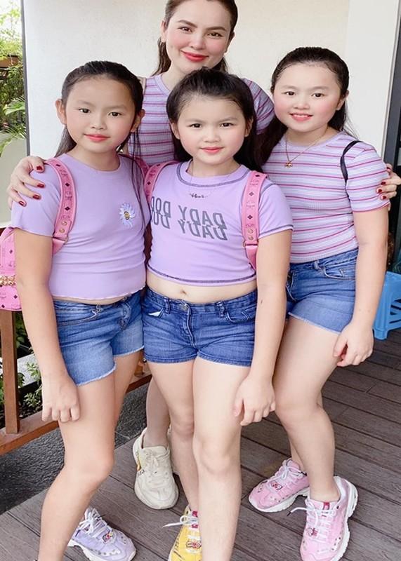 Soi hon nhan cua HH Phuong Le livestream tang tien cho nguoi ngheo-Hinh-7