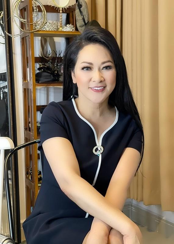 Hanh trinh 10 nam chong choi khoi u trong nao cua Nhu Quynh-Hinh-8