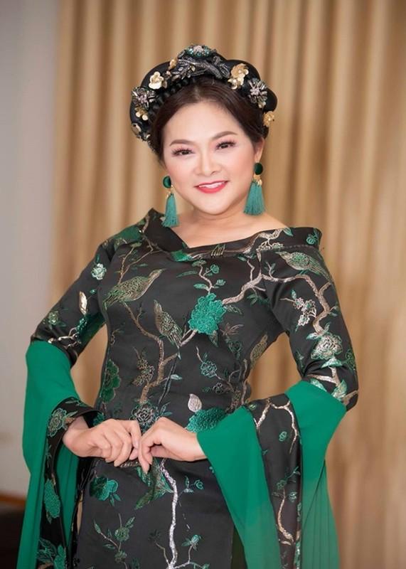 Hanh trinh 10 nam chong choi khoi u trong nao cua Nhu Quynh-Hinh-9