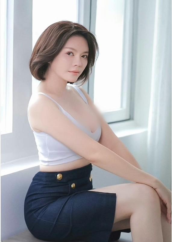 "Antifan cong kich, tru eo, Ly Nha Ky ""tra mieng"" the nao?"
