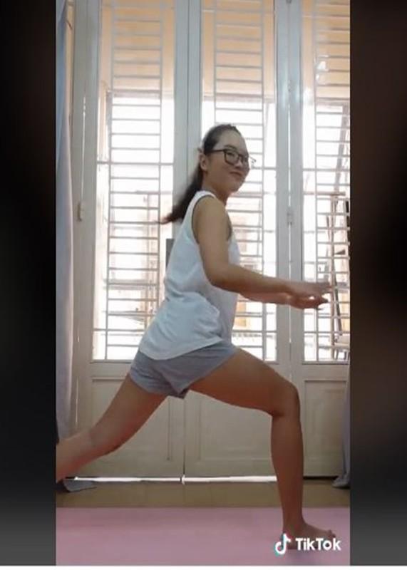 Phuong My Chi tang can khong phanh sau khi khoi COVID-19-Hinh-4