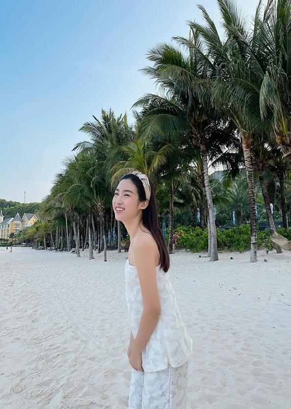 Soi chuyen tinh cam cua HH Do My Linh vua thua nhan dang yeu-Hinh-5