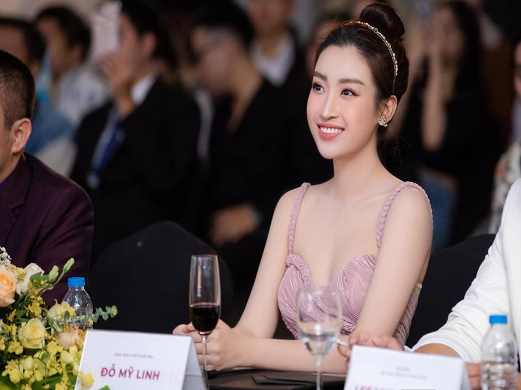 Soi chuyen tinh cam cua HH Do My Linh vua thua nhan dang yeu-Hinh-7