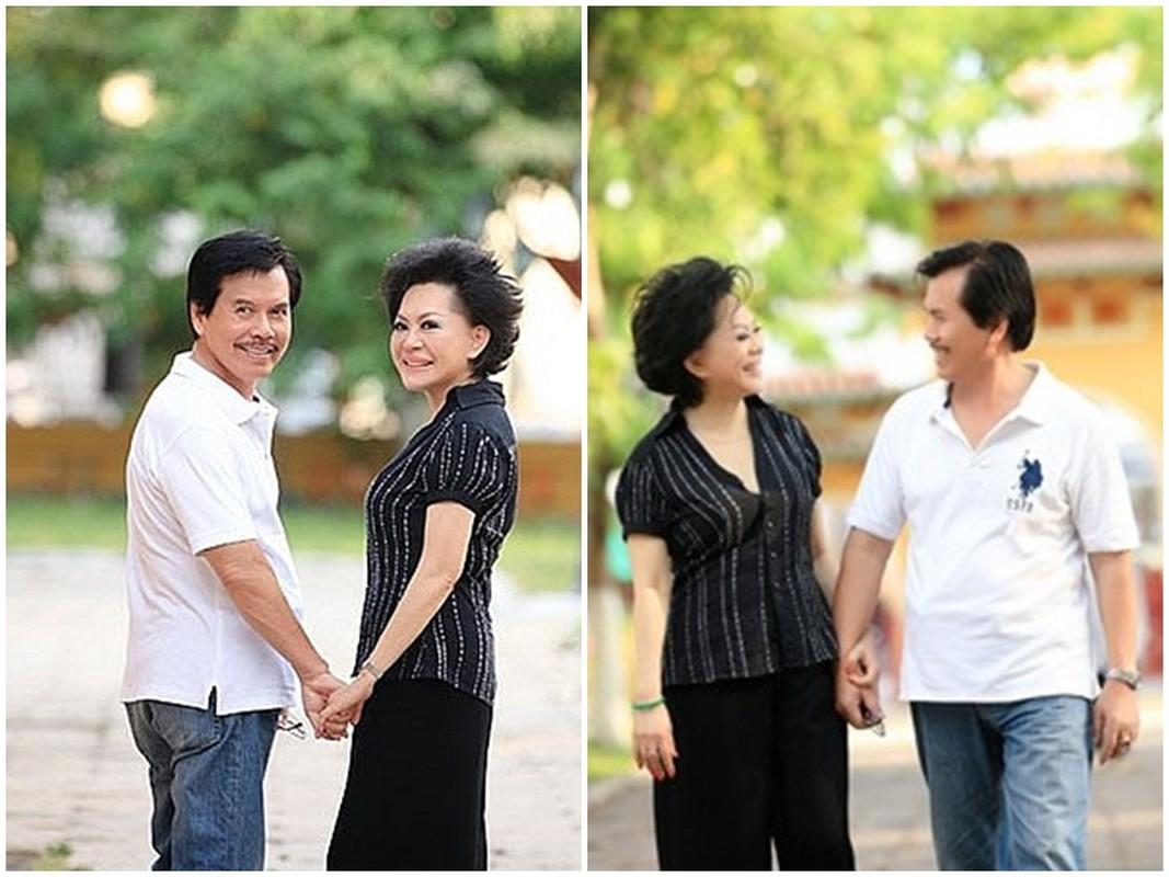Hinh anh danh ca Giao Linh ben nguoi chong qua co-Hinh-2